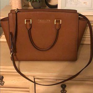 Michael kors leather satchel. Medium